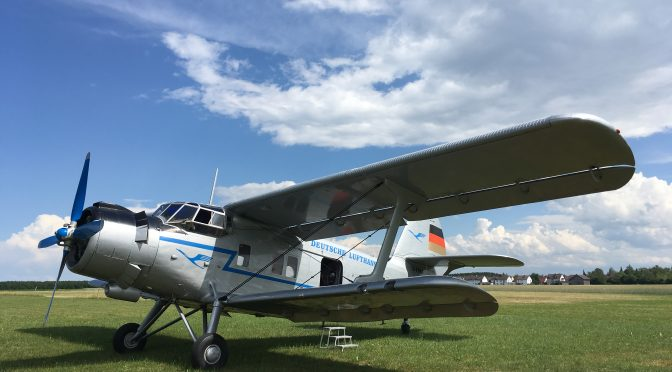 Abenteuer-Rundflug mit der klassischen ANTONOV AN-2