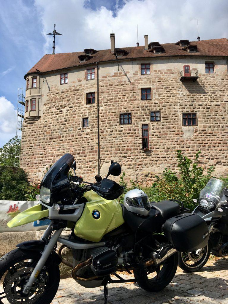 Vor der Burg Abenberg