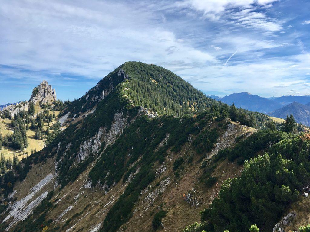 Blick zum Gipfelgrat des Risserkogel