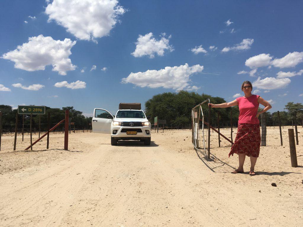Die Fahrt geht durch einige Farmen