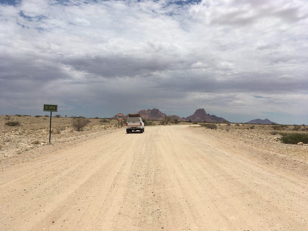 100 km/h auf diesen Straßen?
