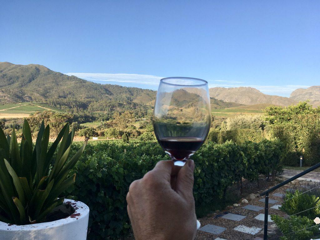 Abends Wein in der Lounge des Dunstone