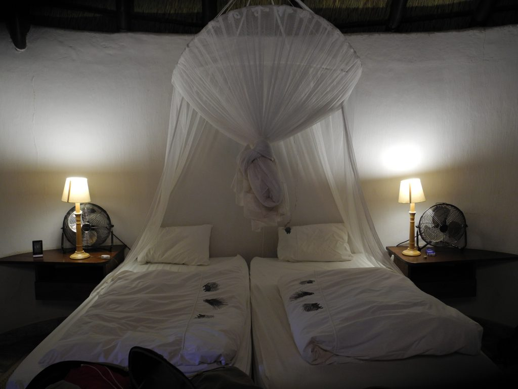 Rondavel auf der Okambara Lodge