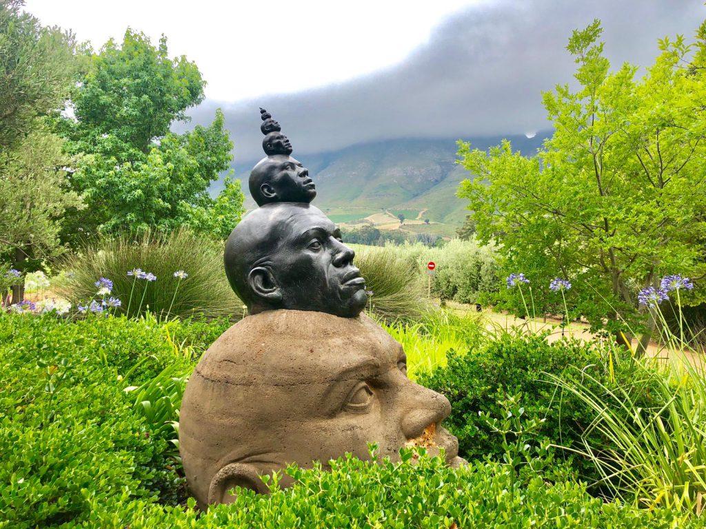 Skulpturen im Tokara