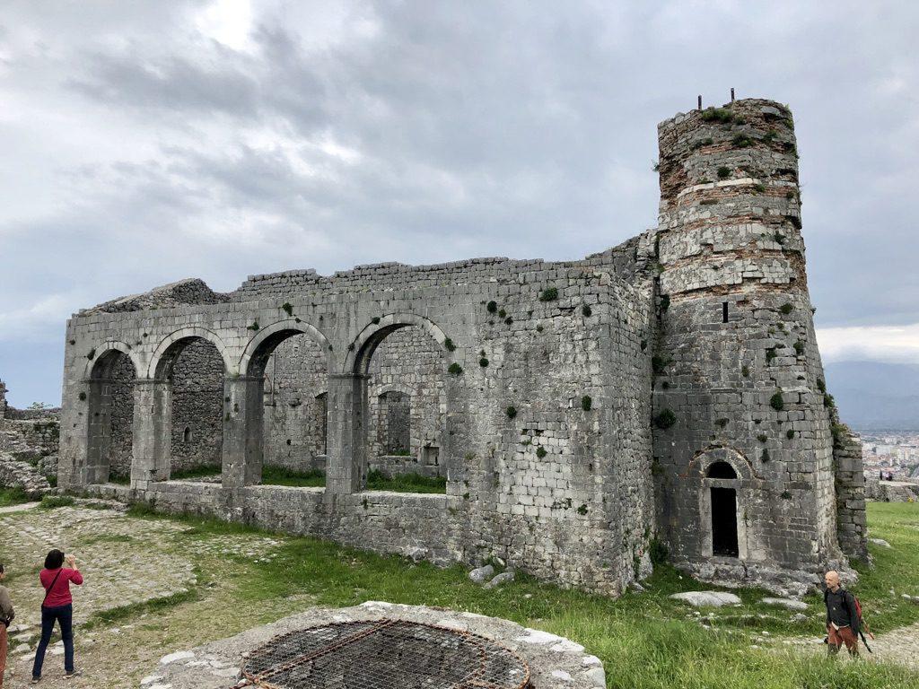 Unterwegs auf der Rozafa-Burg