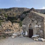 Kirche am alten Hafen von Lissos