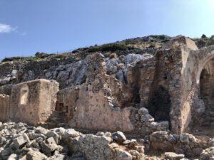 Eingang zur Höhle von Arkoudospilio