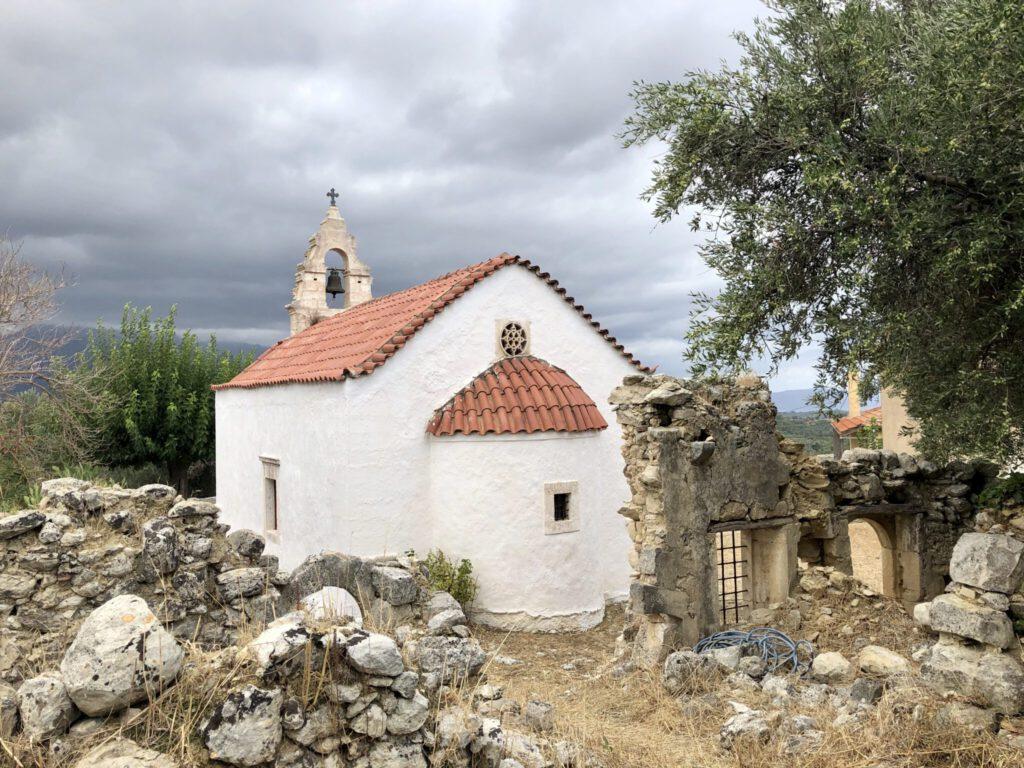 Kleine Kirche in Roustika