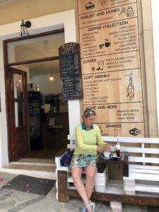 Café in Argyroupoli