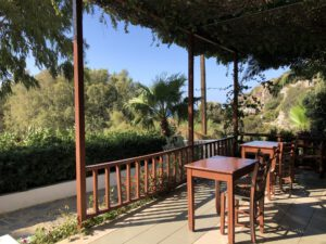 Dionyssos - tropischer Garten