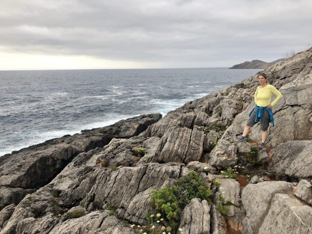 Auf wilden Wegen durch die Felsen