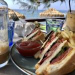 Snack im Blue Sea in Koutsouras