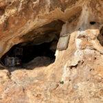 Höhlenschrein beim Kloster Kapsá